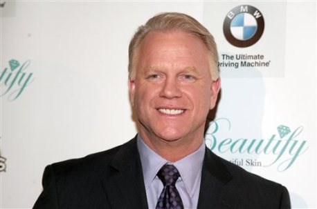 Television commentator and former professional football player Boomer Esiason attends the Friars Club Roast Honoring Boomer Esiason on Thursday, Jan. 30, 2014 in New York. (Photo by Andy Kropa/Invision/AP)