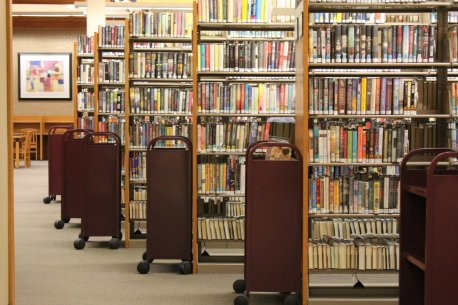 flickr-library-book-rows-carts-chicago